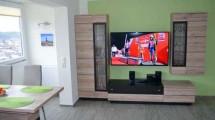 großer Flachbild Fernseher
